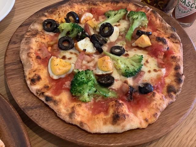 pizza薫製卵_カプリ